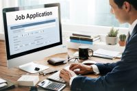 How to sell yourself when applying for jobs Online